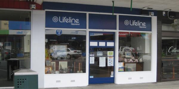 Lifeline Gippsland Op Shop: Traralgon